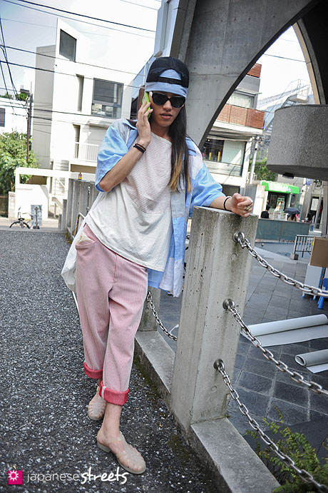 120728-5579 - Japanese street fashion in Harajuku, Tokyo (Beats of Ten-PJ Mark-Cosmic Wonder-5-star)