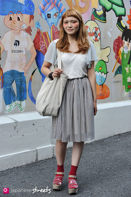 120816-1108: Japanese street fashion in Harajuku, Tokyo (Luve heart's and be, KASTANE, PAR ICI,  Urban Research Doors, Who's Who)