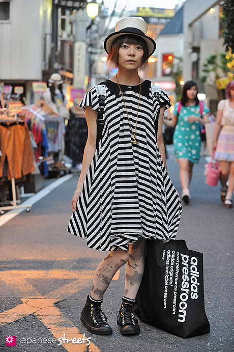 120818-1760 - Japanese street fashion in Harajuku, Tokyo (NUMBER406, grace hats, Candy Stripper, jóuetie, Adidas, MCM)
