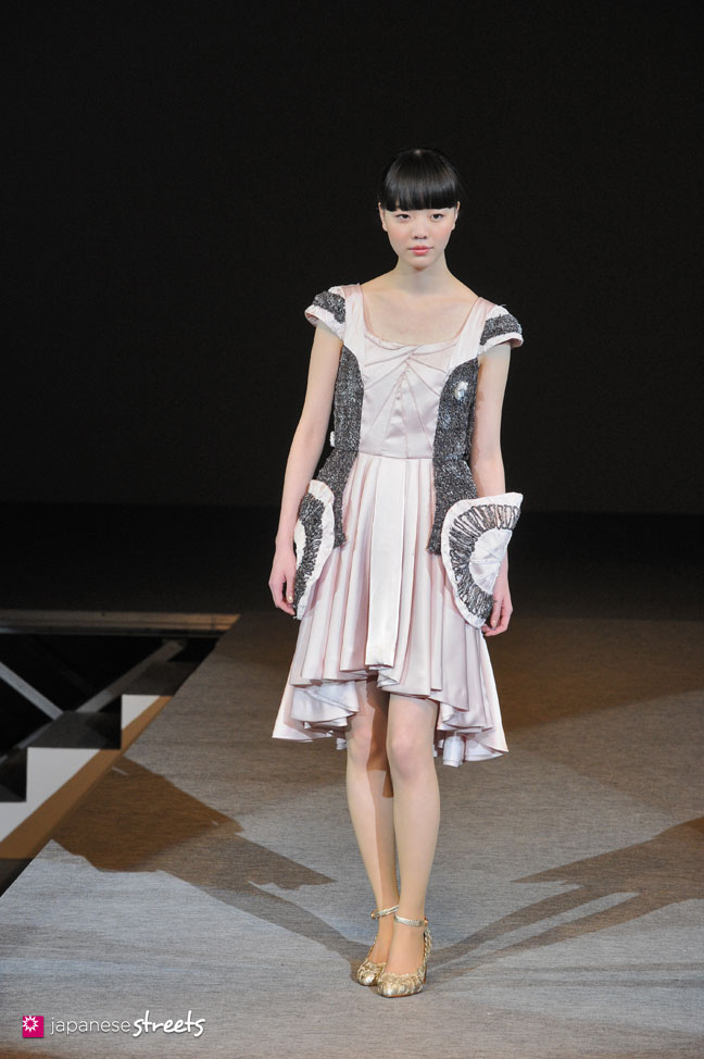 Bunka Fashion College Student W Pink Boots 6 Dokidoki: FASHION JAPAN: Bunka Fashion College Fashion Contest