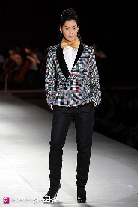110515-4270: Runway for Japan Fashion Show