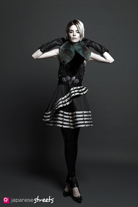 GUT'S DYNAMITE CABARETS A/W 2011