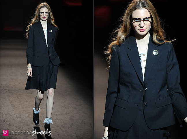 111022-4540-111022-4544: mastermind S/S 2011 Fashion Show at the Japan Fashion Week