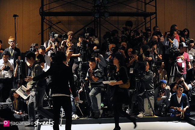111018-7642: Photographers at the Japan Fashion Week in Tokyo
