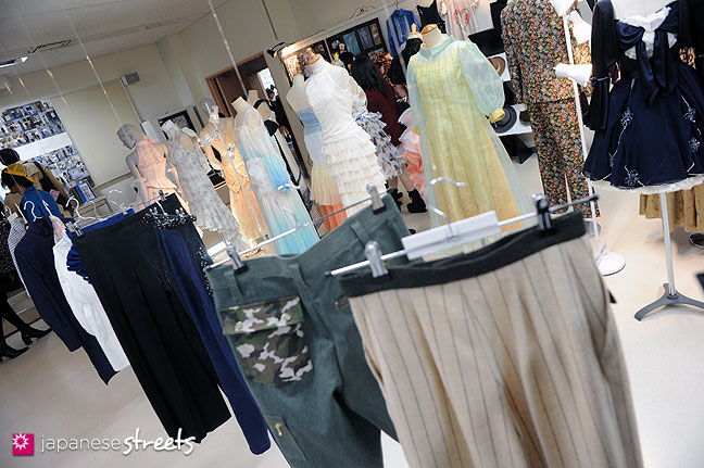 111103-5914: Fashion displays at the Culture Festival of Bunka Fashion College in Tokyo