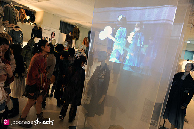 111103-5950: Fashion displays at the Culture Festival of Bunka Fashion College in Tokyo
