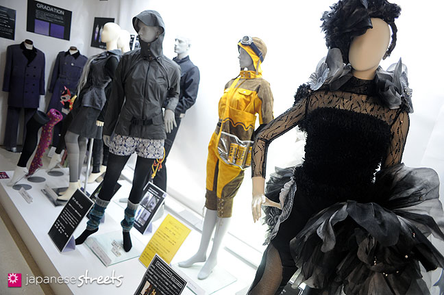 111103-5973: Fashion displays at the Culture Festival at Bunka Fashion College in Tokyo