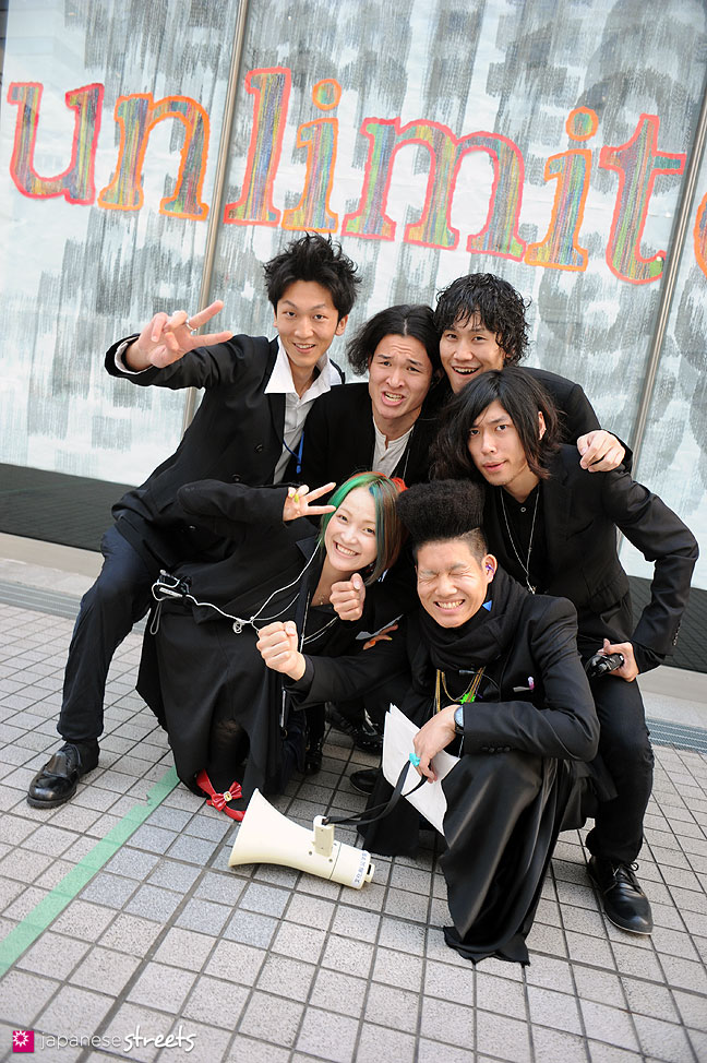 111104-7285: Bunka students at the Culture Festival of Bunka Fashion College in Tokyo