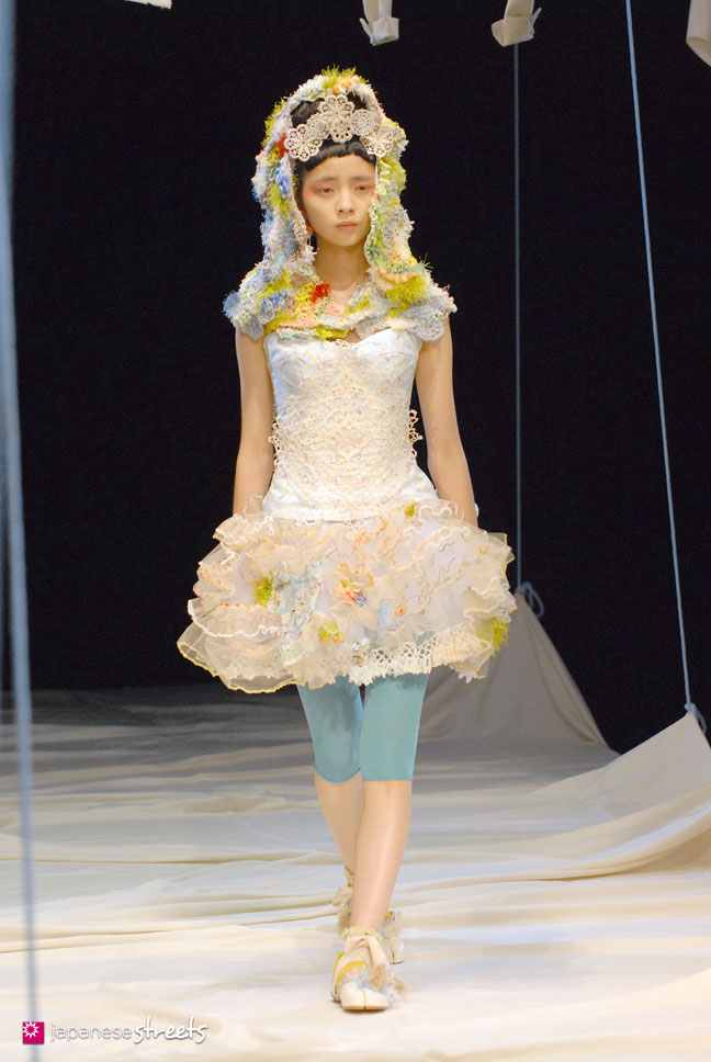 91021-1455 - JFW S/S 2010: Everlasting Sprout