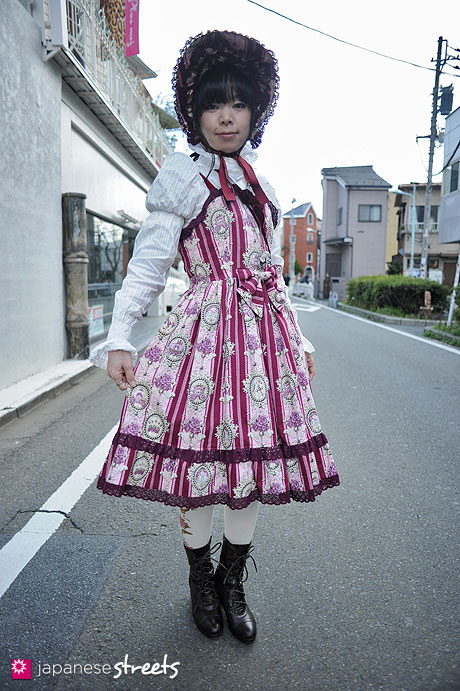 120325-7102: Japanese street fashion in Harajuku, Tokyo (ALICE and the PIRATES, THE STARS SHINE BRIGHT)