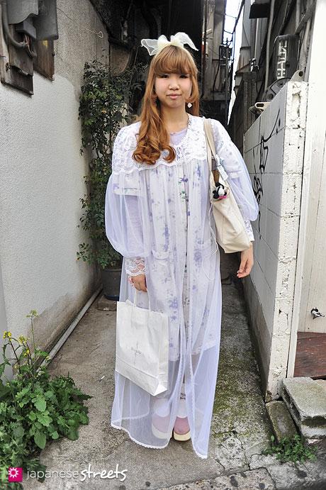 120429-1448: Japanese street fashion in Harajuku, Tokyo (Shima, Delicate Woman, Moon Dance, HIGH SIERRA, Tokyo Bopper, NADIA)