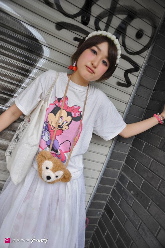 120526-4816: Japanese street fashion in Harajuku, Tokyo