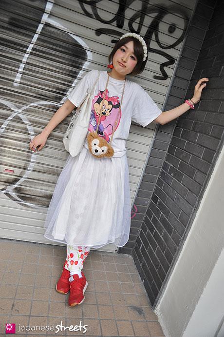 120526-4814: Japanese street fashion in Harajuku, Tokyo (Kizuki, Disney, Reebok)