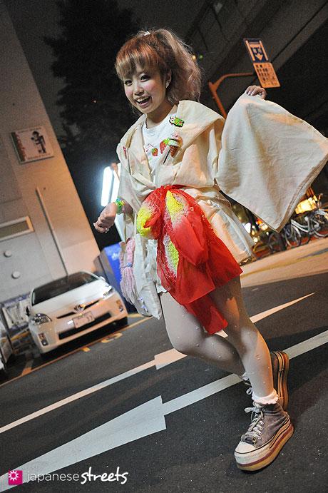 120624-9414 - Japanese street fashion in Sangenjaya, Tokyo (Number 406, KABUKI)