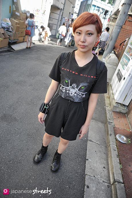 120805-6993: Japanese street fashion in Harajuku, Tokyo (DELTA, JANSPORT, Tsumori Chisato)