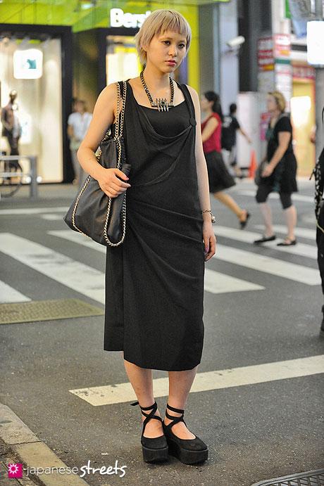 120812-0276 - Japanese street fashion in Harajuku, Tokyo (DaB-Tokyo Bopper)