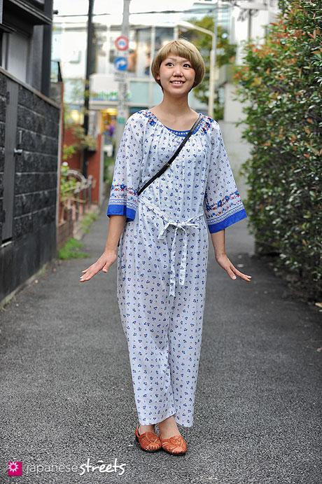 120818-1606 - Japanese street fashion in Harajuku, Tokyo (Unfurl, OLIVE des OLIVE, ZARA)