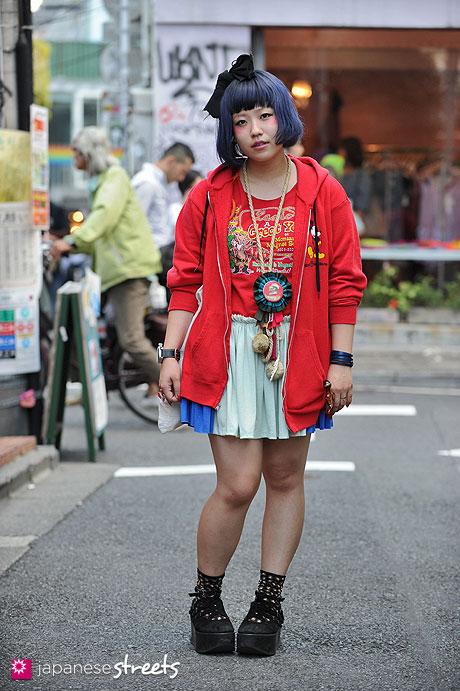 120929-0664 - Japanese street fashion in Harajuku, Tokyo (Disney, RePlus, Bunkaya Zakkaten, Tokyo Bopper)