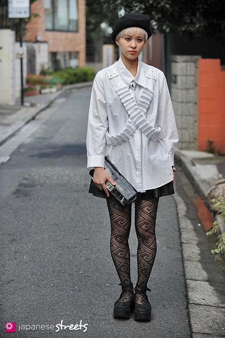 121007-1619 - Japanese street fashion in Harajuku, Tokyo (DaB, CA4LA, LIMI feu, Linco, TOKYO BOPPER)