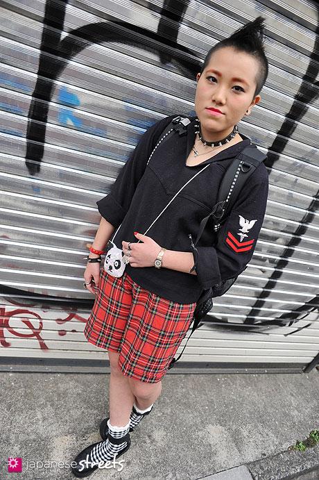 130512-0151 - Japanese street fashion in Harajuku, Tokyo