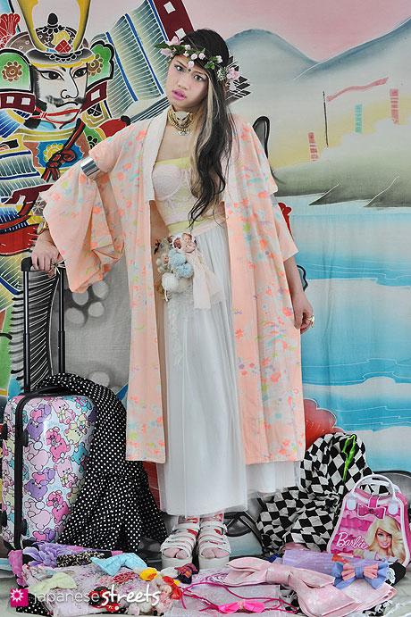 130627-0102.1 - Japanese street fashion in Harajuku, Tokyo