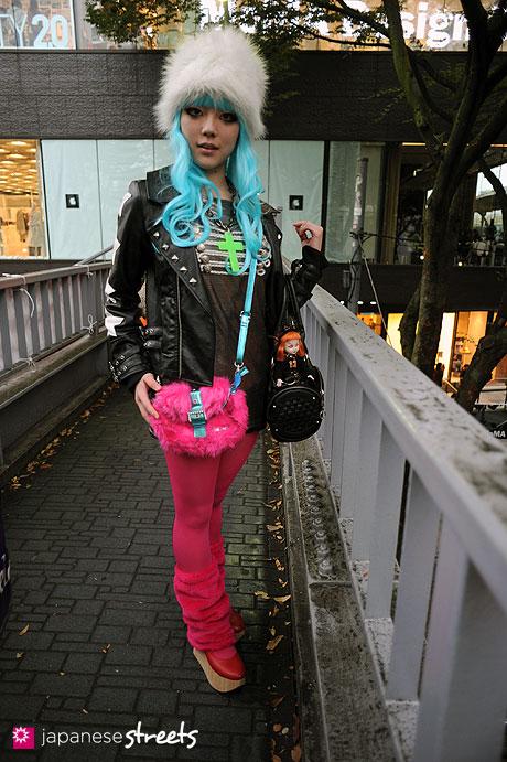 101024-6127: Street fashion Harajuku, Tokyo