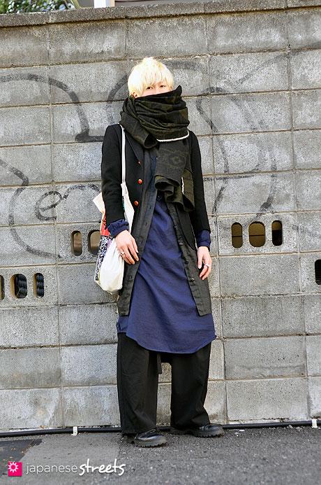 101211-8718-MT: Street fashion Harajuku, Tokyo, Yohji Yamamoto, HENRIK VIBSKOV, BEAMS