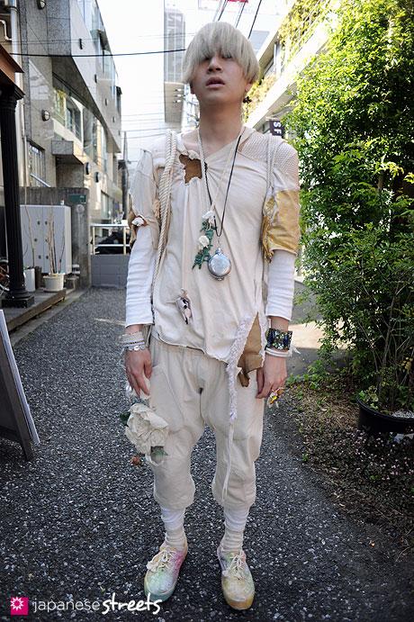 110424-3643: Harajuku, Tokyo, Martadomarjue, Vivienne Westwood