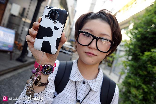 110424-3896: Harajuku street fashion