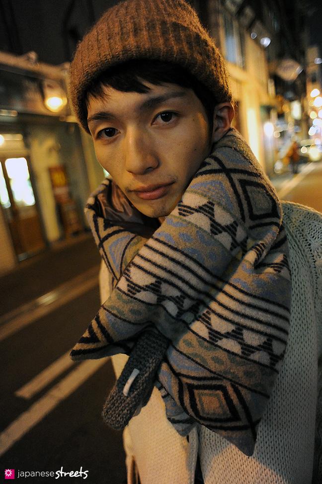 110221-0330: Osaka Street Fashion