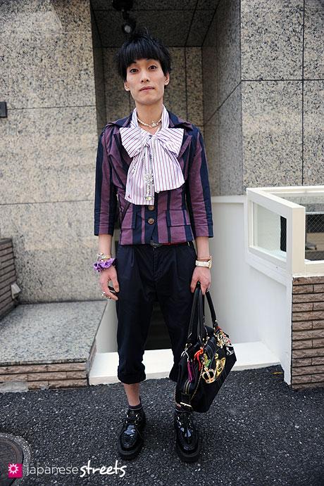 110426-4032: Harajuku Street Fashion