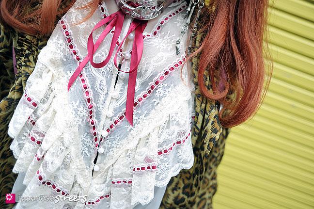 110703-8066 - Street fashion in Harajuku, Tokyo