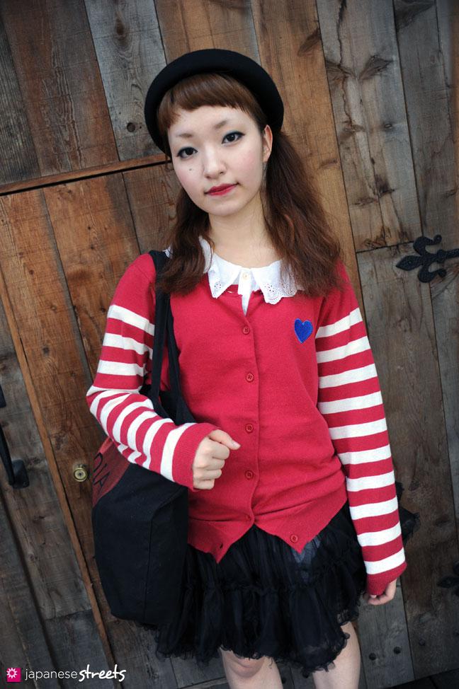 110816-8538 - Japanese street fashion in Harajuku, Tokyo