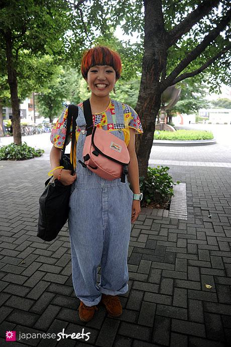 110831-9146: Shinjuku, Tokyo, QUATRO, Beams Boy, Swatch, OSHKOSH