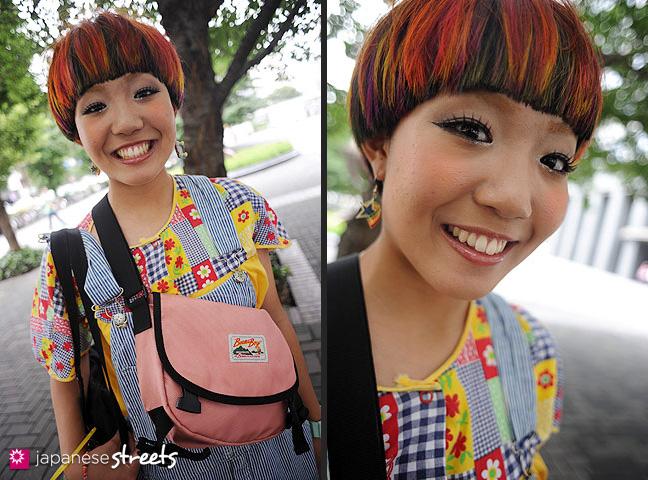 110831-9147-110831-9182: Japanese street fashion in Shinjuku, Tokyo