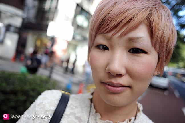 110830-8982: Japanese Street Fashion in Harajuku, Tokyo