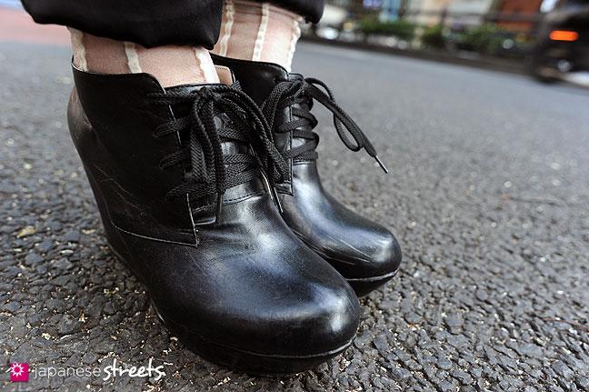110830-8991: Japanese Street Fashion in Harajuku, Tokyo