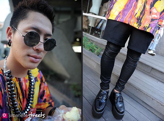 110824-8778-110824-8792: Japanese street fashion in Harajuku, Tokyo