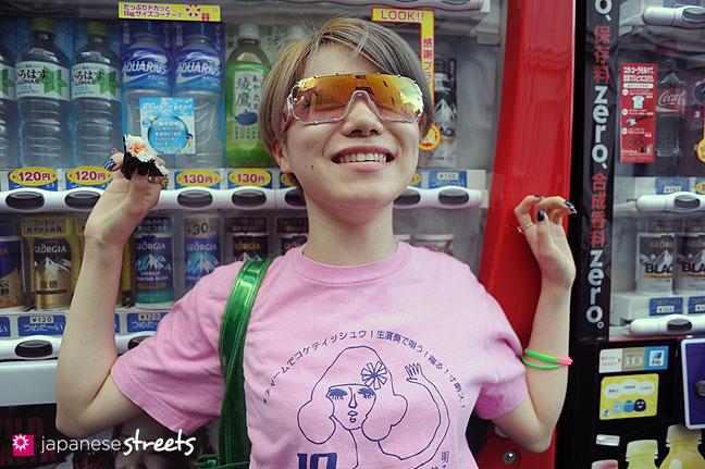 110830-9107: Japanese street fashion in Harajuku, Tokyo