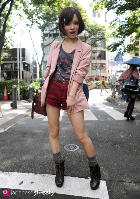 110911-9623:Harajuku, Tokyo, H&M, LOVE BOAT, LDS, Hearty