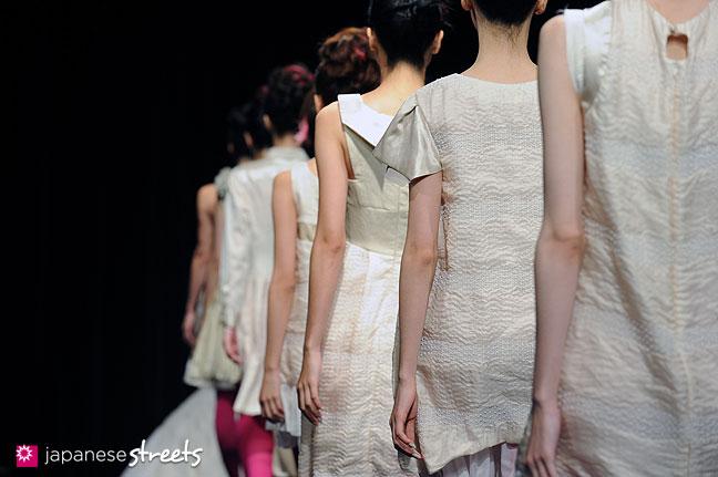 111021-1231: JUNYA TASHIRO S/S 2012