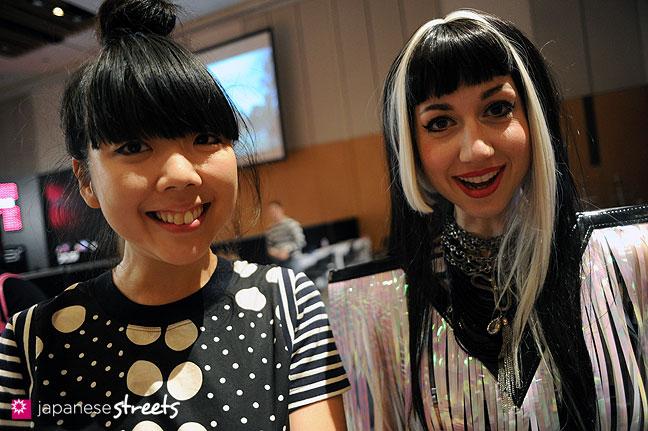111018-7612: Suzy Lau (left) of StyleBubble with Misha of Fashion Tubuyaki