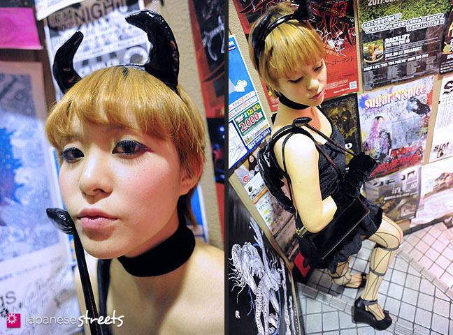111030-5391-111030-5391: Halloween in Shibuya, Tokyo