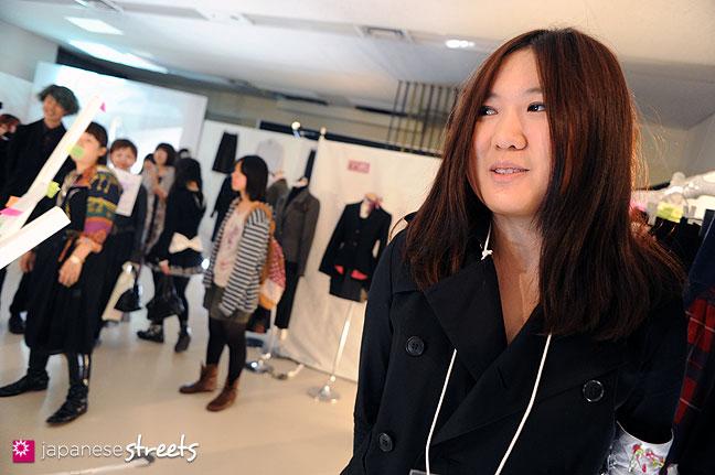 111103-5917: Bunka student at the Culture Festival of Bunka Fashion College in Tokyo