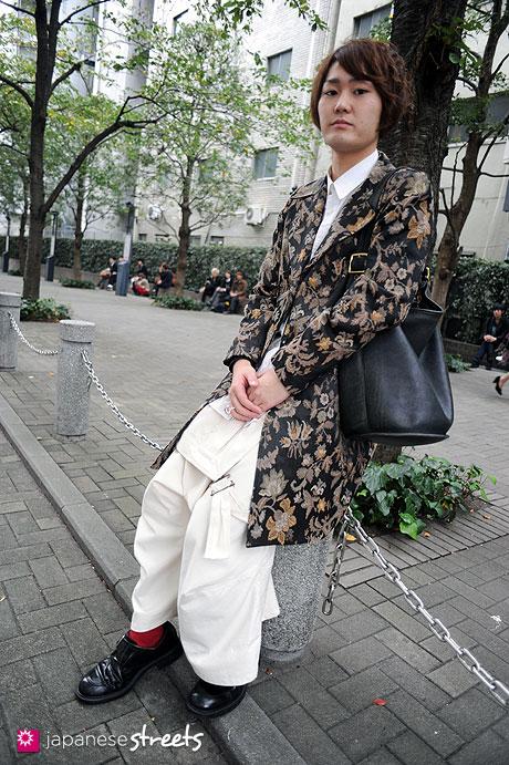 111103-6159:Masahiro-Shibuya-Tokyo-nano.org-Shounen JUNK-NEMETH-COACH