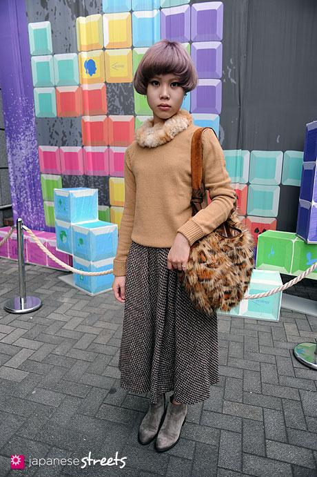 111103-6372:Riko-Shibuya-Tokyo-luna hair-ZARA-WASH-n°11-note et silence