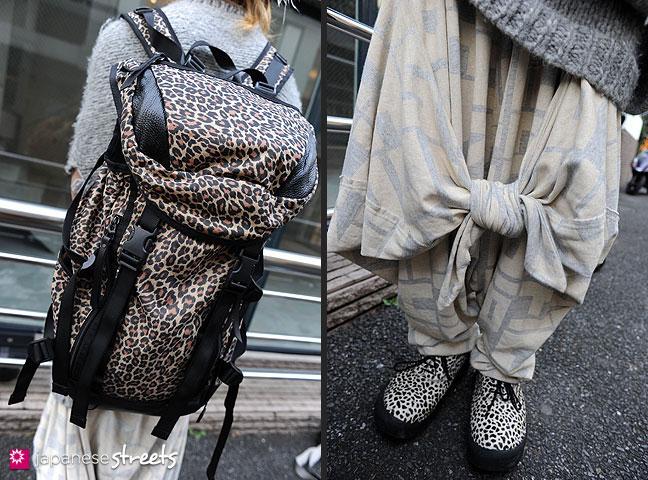 111123-0176-111123-0177: Japanese street fashion in Harajuku, Tokyo