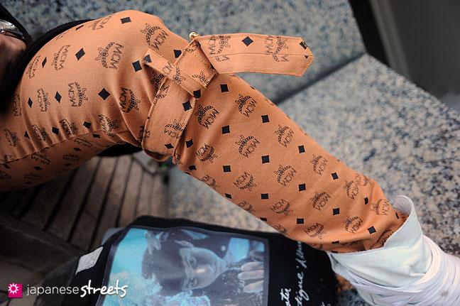 111123-0205: Japanese street fashion in Harajuku, Tokyo