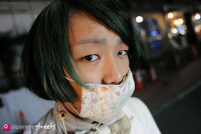 111123-0307: Japanese street fashion in Harajuku, Tokyo
