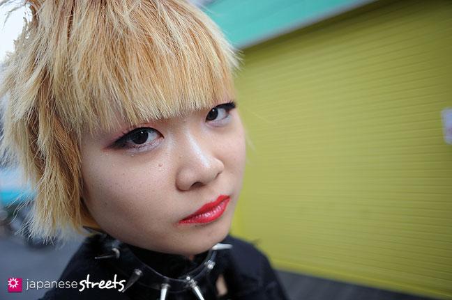 111127-0446: Japanese street fashion in Harajuku, Tokyo